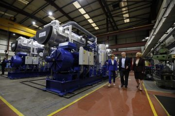 Nicola Sturgeon meets Star Renewables team